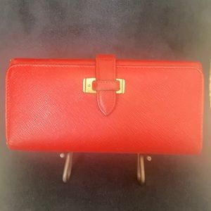 COACH VINTAGE RED LEATHER DOUBLE FOLD WALLET